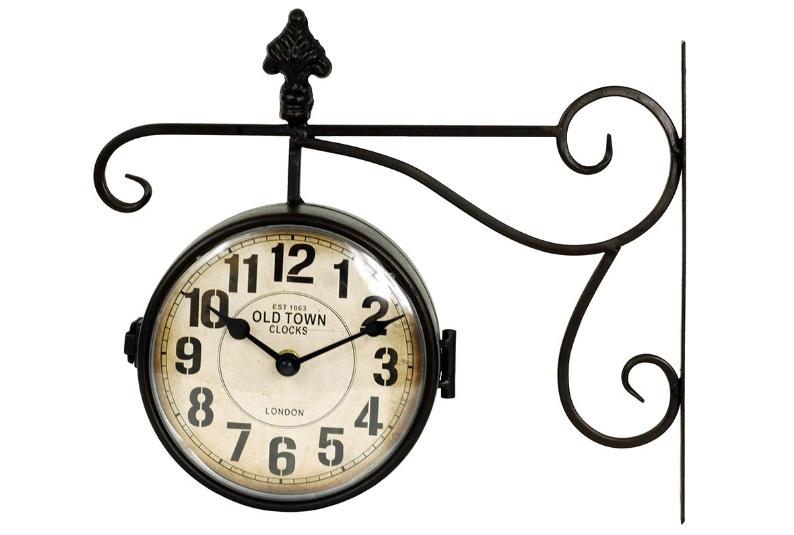 Kovové oboustranné hodiny